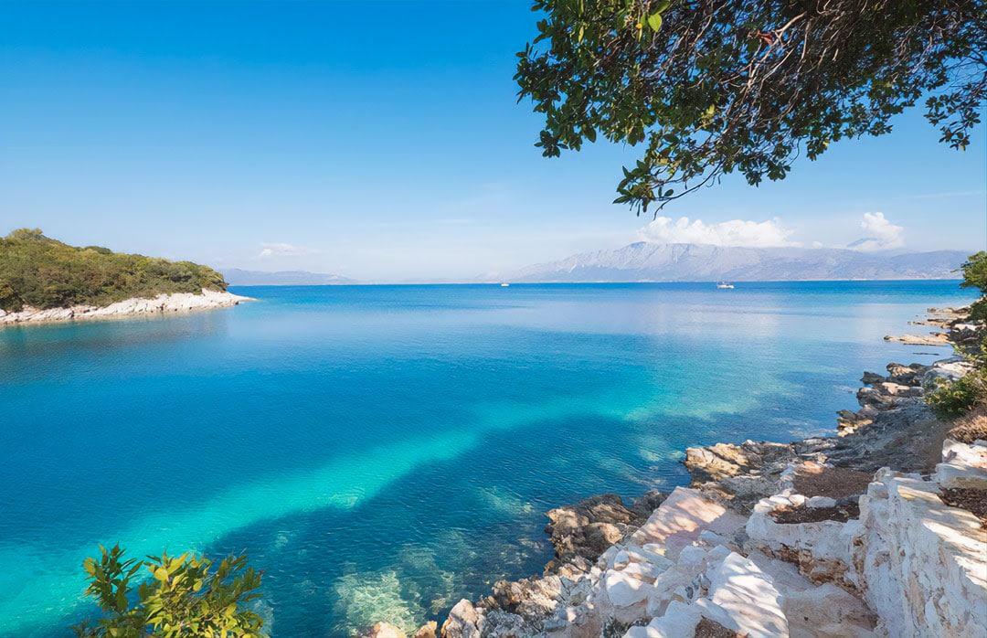 hotel beach meganissi greece